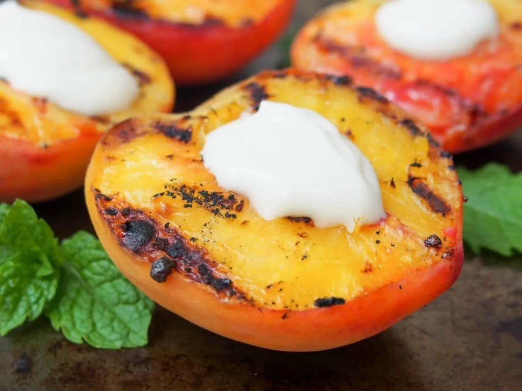 Grilled peaches with mascarpone #SundaySupper