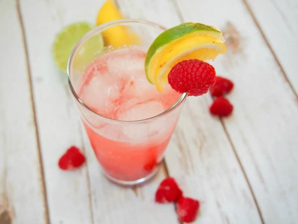 Raspberry collins cocktail #FoodieExtravaganza