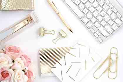 hc-styled-stock-blush-pink-gold-4