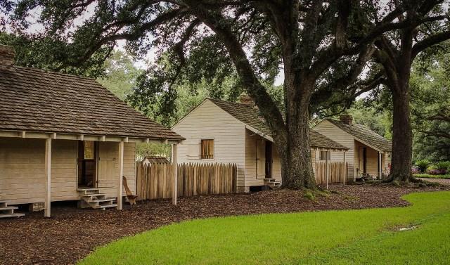 slave-cabins-441396_1280-1024x603 Highlighting Historical Romance