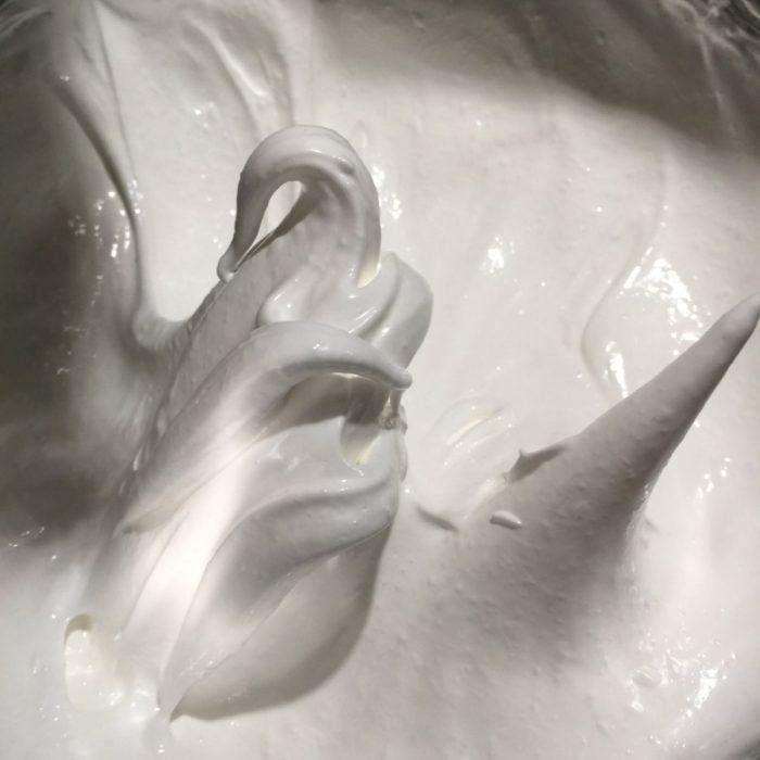 soft peak whipped meringue