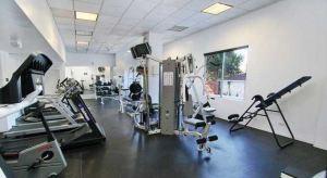 10501 Wilshire regent gym