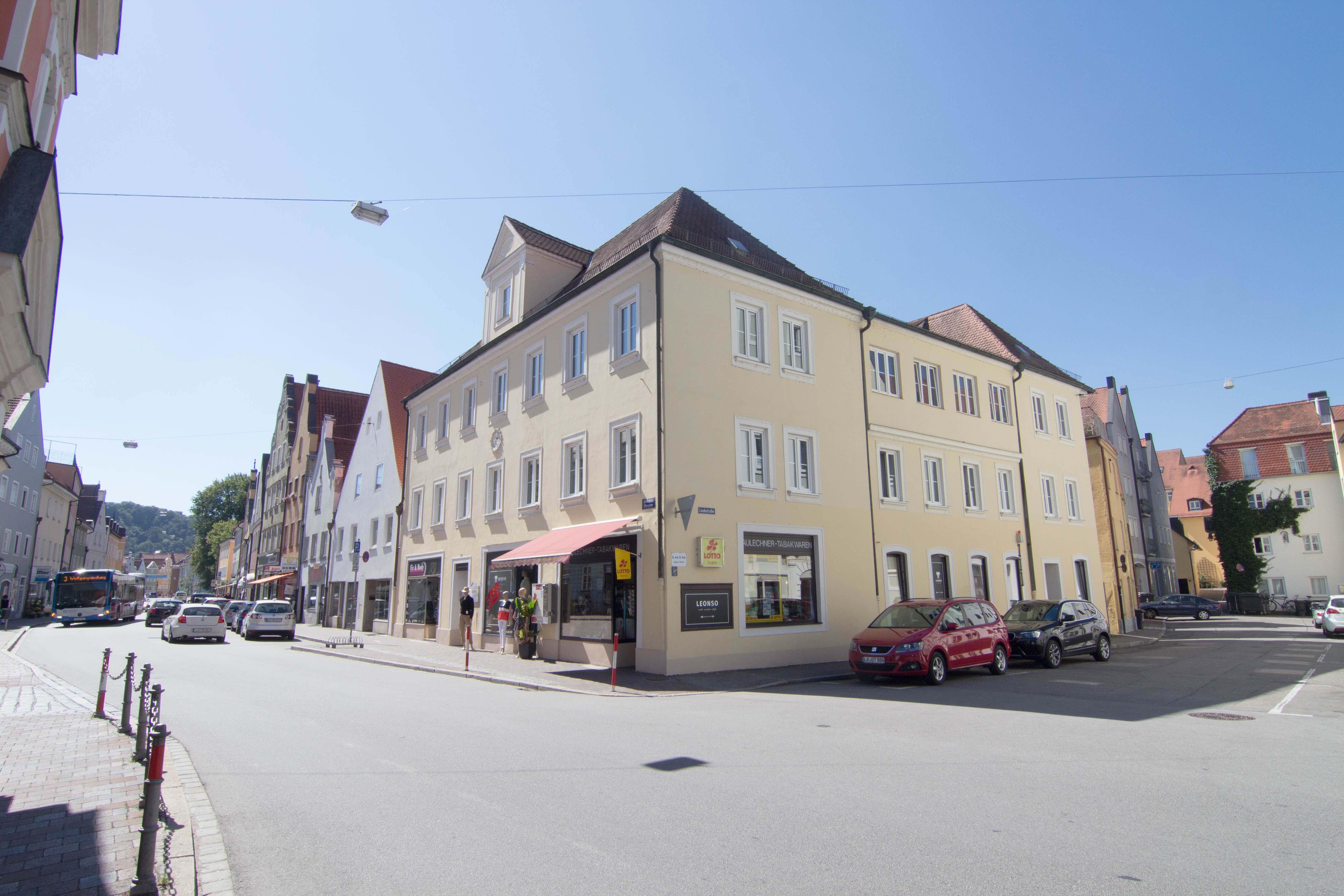 Außenaufnahme Bürogebäude in der Zweibrückenstraße in Landshut