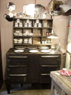 Ensemble buffet 1950