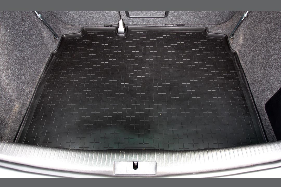 tapis de coffre vw golf vi 5k travall caoutchouc car parts expert