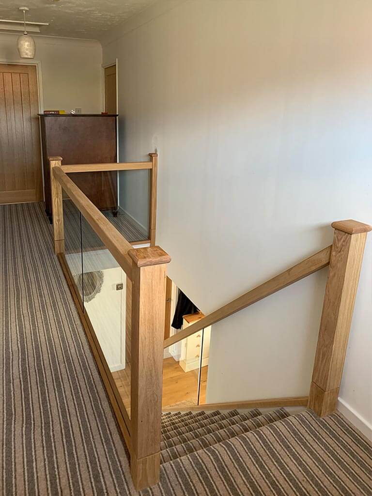 Solid Oak & glass stairscase