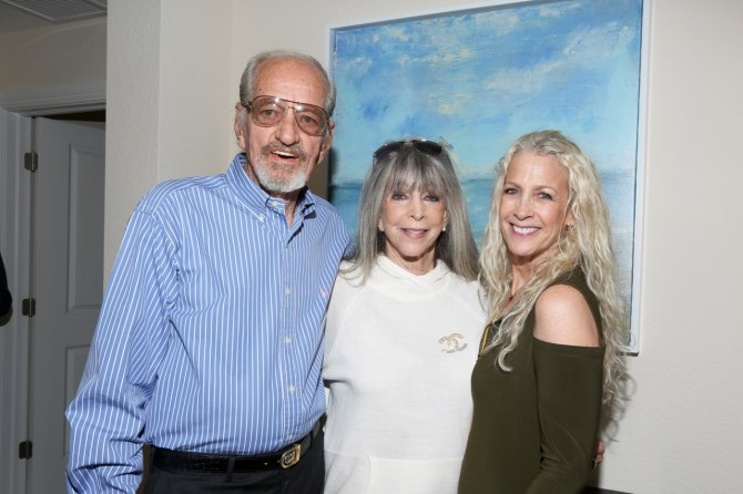 IMG_0014 Mike Fagan, Barbara Katz & Nan Katz