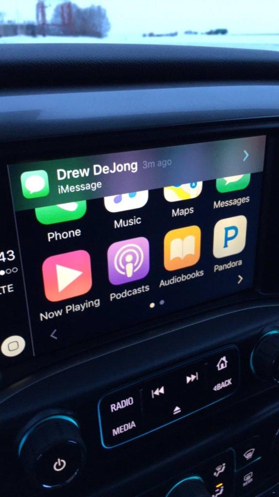 2016 Chevrolet Silverado Carplay