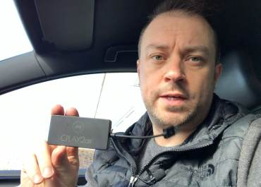 How to Install Wireless Apple CarPlay Dongle – CPLAY2air / CarLinkit