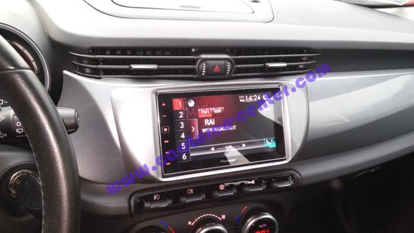 Alpha Romeo Giulietta CarPlay Install