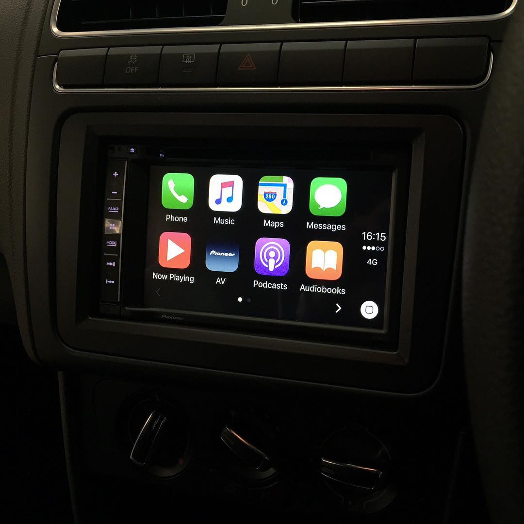 carplay installs pioneer avic f970dab in a volkswagen. Black Bedroom Furniture Sets. Home Design Ideas