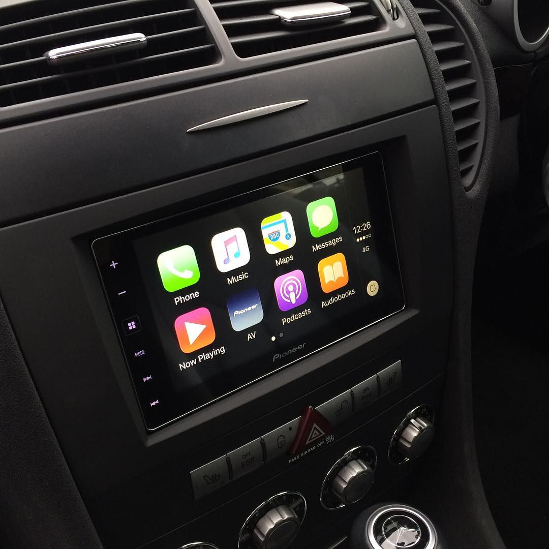 carplay installs pioneer sph da120 in a mercedes slk. Black Bedroom Furniture Sets. Home Design Ideas
