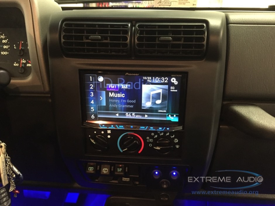 Jeep Wrangler CarPlay Install