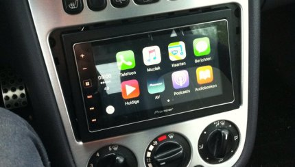 mercedes archives carplay life apple carplay news. Black Bedroom Furniture Sets. Home Design Ideas