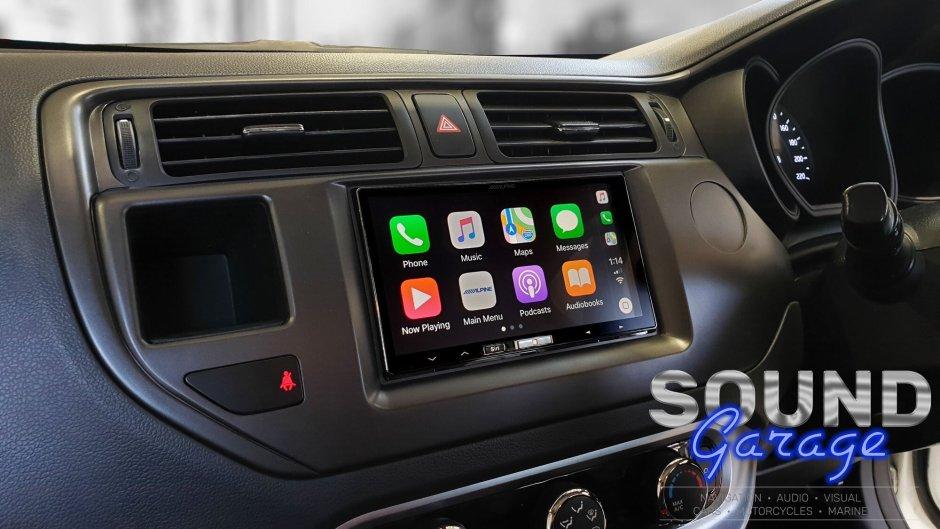 Wireless CarPlay Installs: Alpine iLX-107 in a 2014 KIA Rio