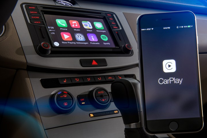 VW Jetta CarPlay