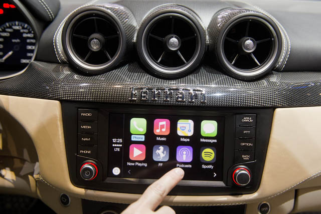 wireless carplay what we know carplay life apple. Black Bedroom Furniture Sets. Home Design Ideas