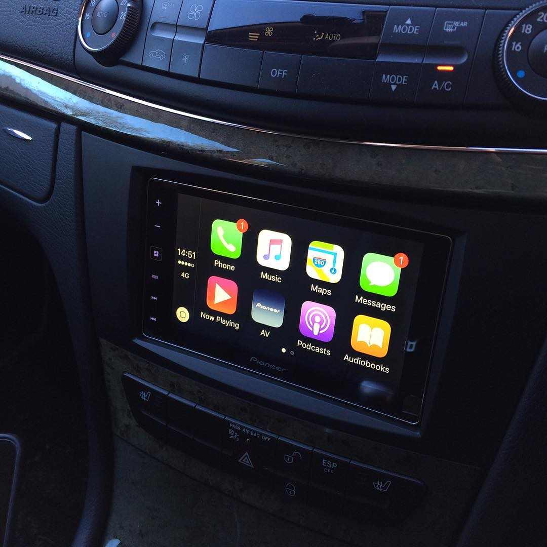 carplay installs pioneer sph da120 in a mercedes e class. Black Bedroom Furniture Sets. Home Design Ideas