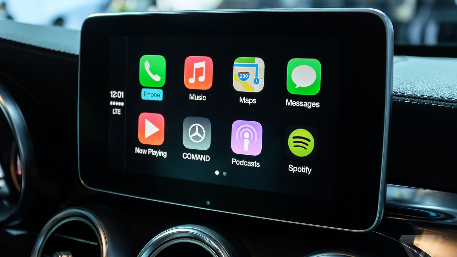Mercedes benz apple carplay compatible vehicle list for Mercedes benz apple carplay