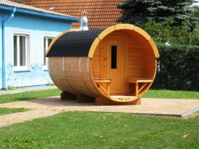 3.5m Pine Barrel Sauna 2.27m diameter