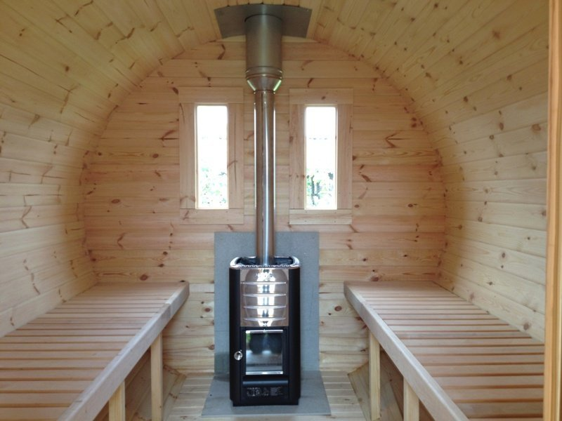 4.5m Thermowood Barrel Sauna with Changing Room