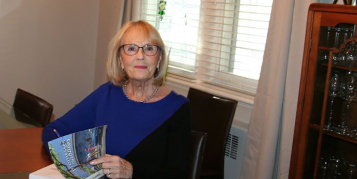 L'auteure Francine Carthy Corbin discute de son dernier roman