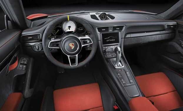 Porsche 911 GT3 RS cabin