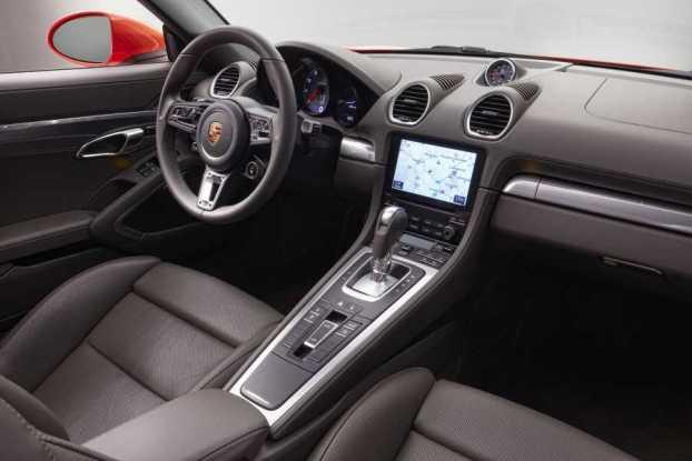 PorscheBox718int