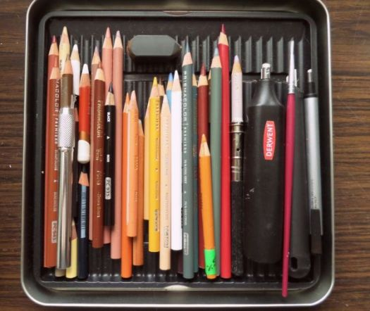 The tools used in the How to Draw an Irish Setter tutorial.
