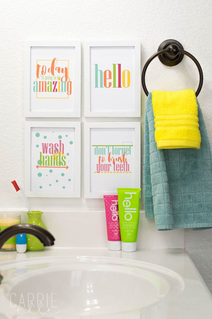 Free printables for the bathroom.Several sets to choose from and ready to download and frame, to add a bit of character to any bathroom!