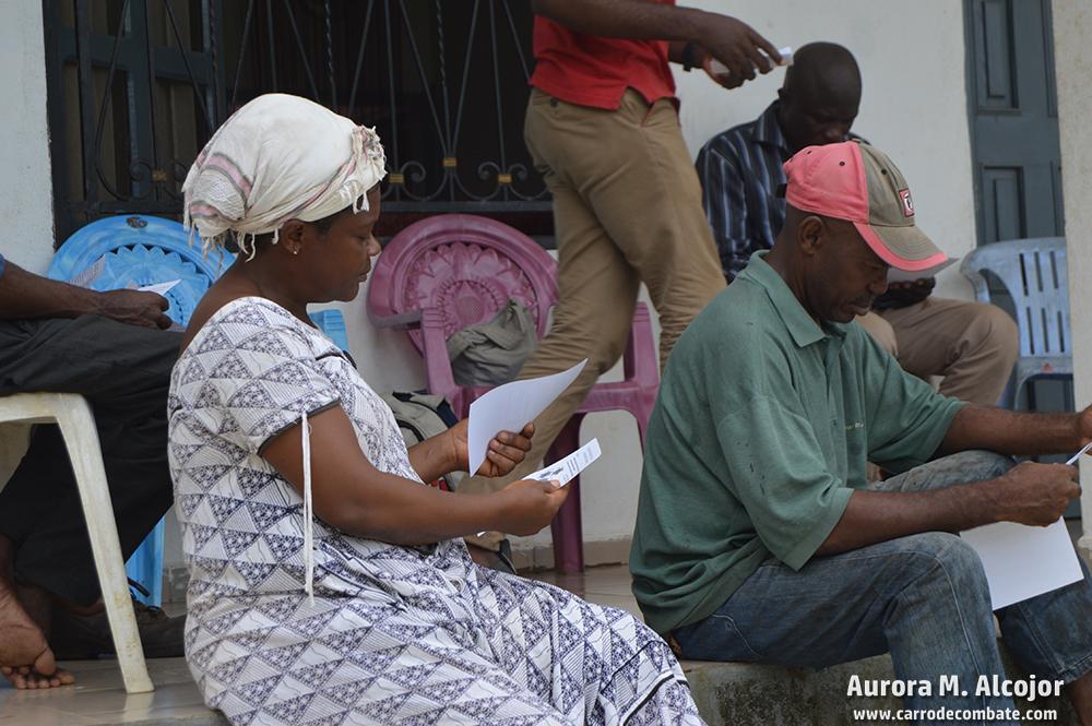 Los campesinos de las zonas aledañas a las plantaciones se han organizado en torno a la Synaparcam (Sinergia nacional de campesinos de Camerún) para exigir sus derechos a las compañías.