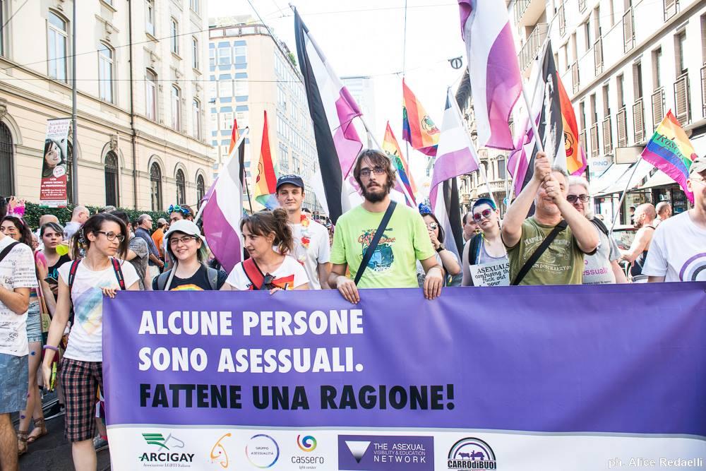 asessuali pride milano 2018