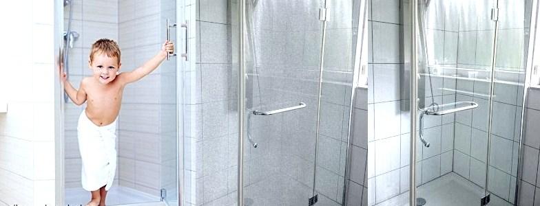 Dusche reinigen und versiegeln gegen Kalk und Schmutz mit Lotuseffekt der carron® Versiegelung