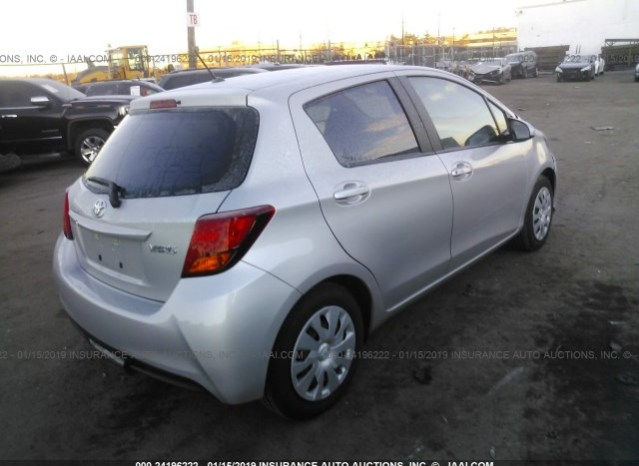 Toyota Yaris 2015 full