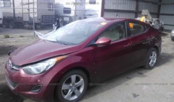 Vendo Hyundai Elantra 2013, (A reparar), Vealo YA!, en Aduana, Automático, Full Extras (vidrios y espejos eléctricos), bolsas buenas, rines, $5700 Inf. al correo ó 79278982