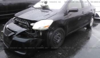 Vendo Toyota Yaris 2012, (A reparar), Reservelo YA!, Estara en Aduana en aproximadamente 28 dias, Automático, Full Extras (vidrios y espejos eléctricos), bolsas de aire buenas, $5200 Inf. al correo ó 79278982