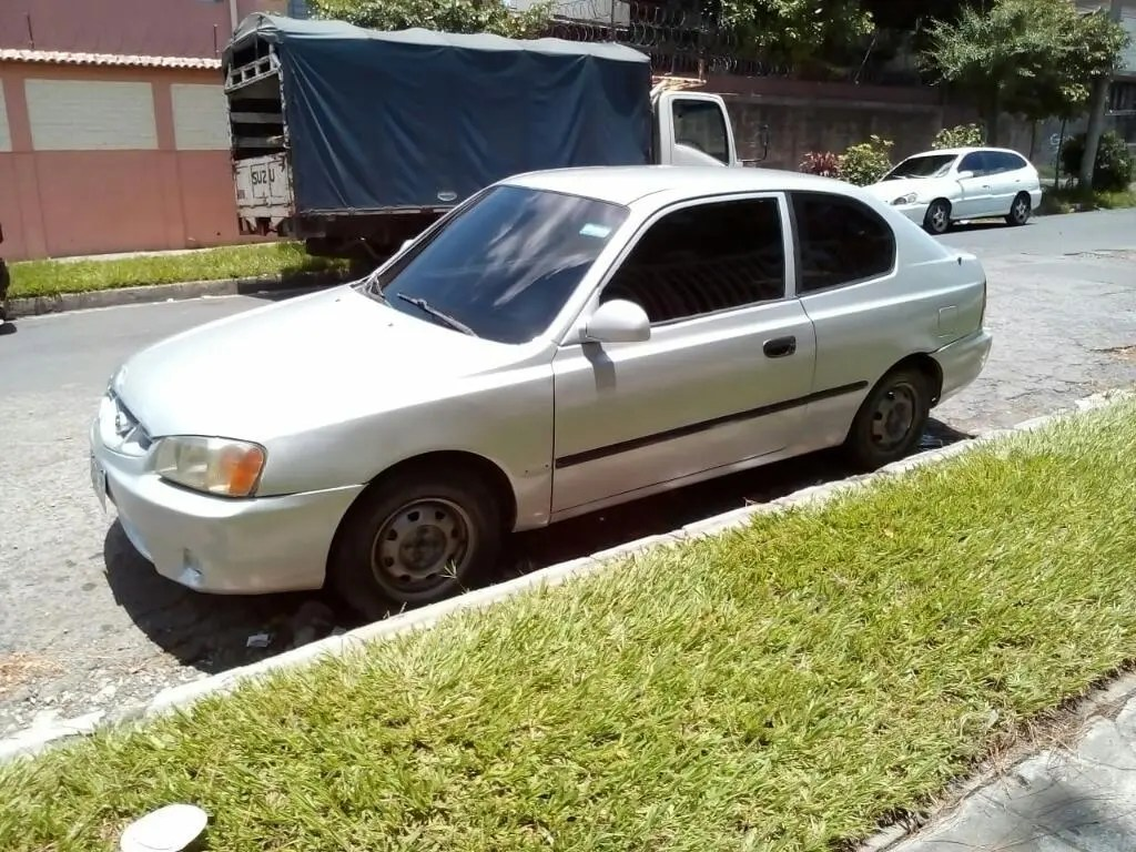 hyundai accent 2002 estandar 2 puertas carros en venta san salvador el salvador hyundai accent 2002 estandar 2 puertas
