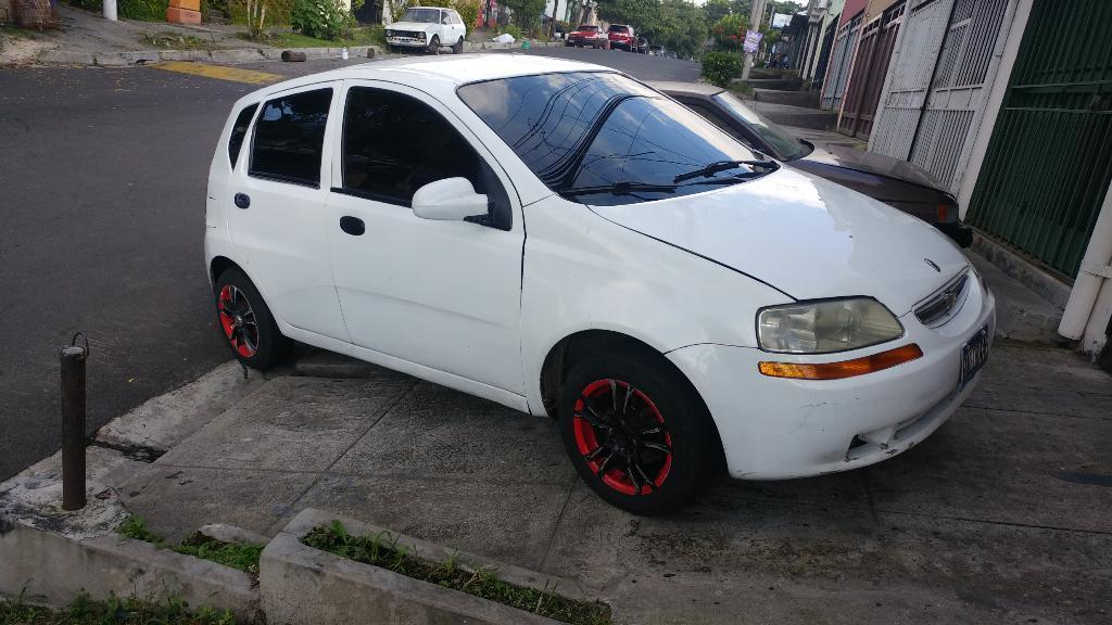 Vendo Chevrolet Aveo 2004 Estandar Carros En Venta San Salvador El