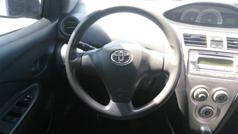 Usados: Toyota Yaris 2007 con financiamiento en Guatemala full