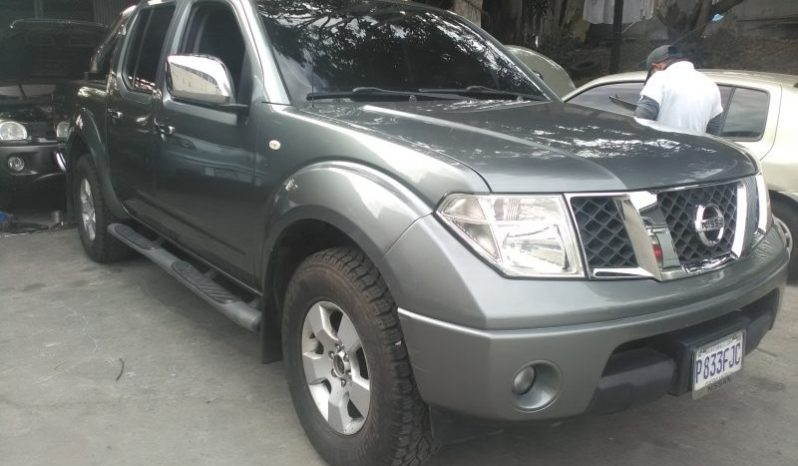 Vendo Nissan Navara 2013 automatico, turbo diesel, 4x4, de agencia, quedo a sus apreciables ordenes en el 56556298 No presenta choques, Documentos en regla