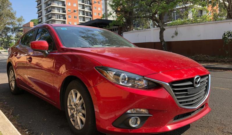 Mazda Mazda3 2016 • Motor 1.6 • 4 cilindros • Mecanico • Tapicería Impecable • Llave a Distancia • Pitura nitida • Nunca Chocado