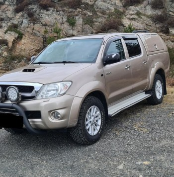 Toyota Hi-Lux 2010 usada en Guatemala. Motor: 3.0-171 D 4WD Recorrido: 203,766 kms Transmisión: automática Combustible: Diesel