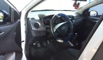 Hyundai GrandI10 año 2016 .- Vehículo de buena presencia, con 34600 km recorridos, en excelentes condiciones, súper económico. Radio con cd player, mp3, conexión auxiliar, entrada para USB y ipod, vidrios polarizados, color plateado.