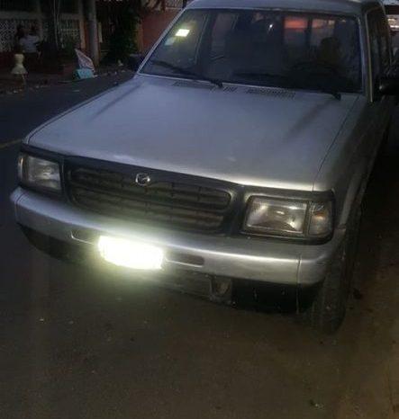 Usados: Mazda B2500 1999 en Managua full