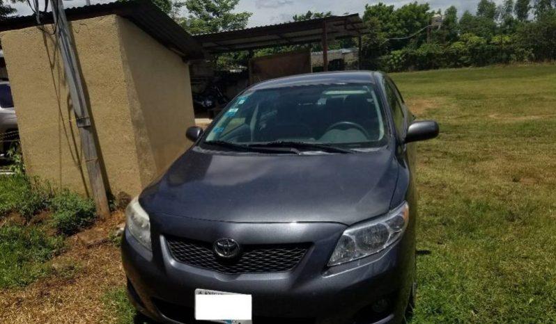 Toyota Corolla 2010 usado ubicado en León, Nicaragua Corolla 2010, automatico, color gris obscuro, precio negociable