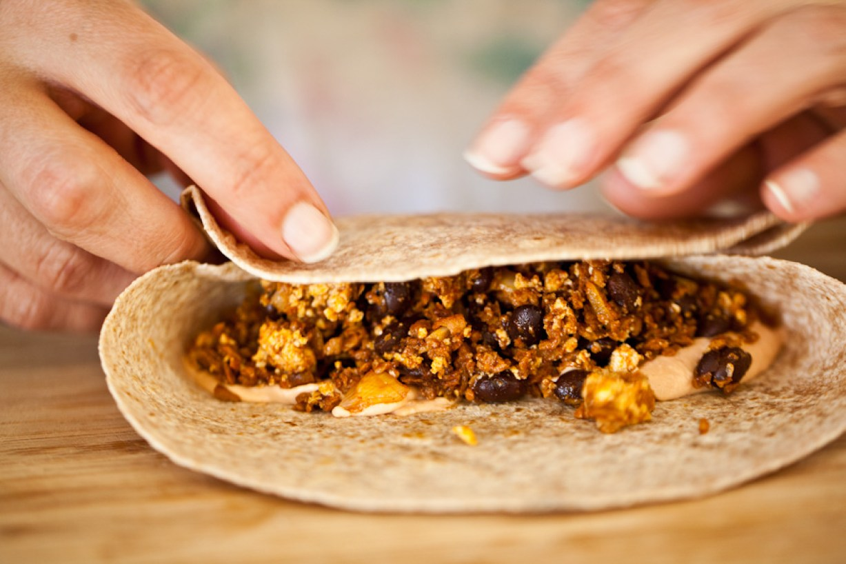 black bean soyrizo breakfast burritos
