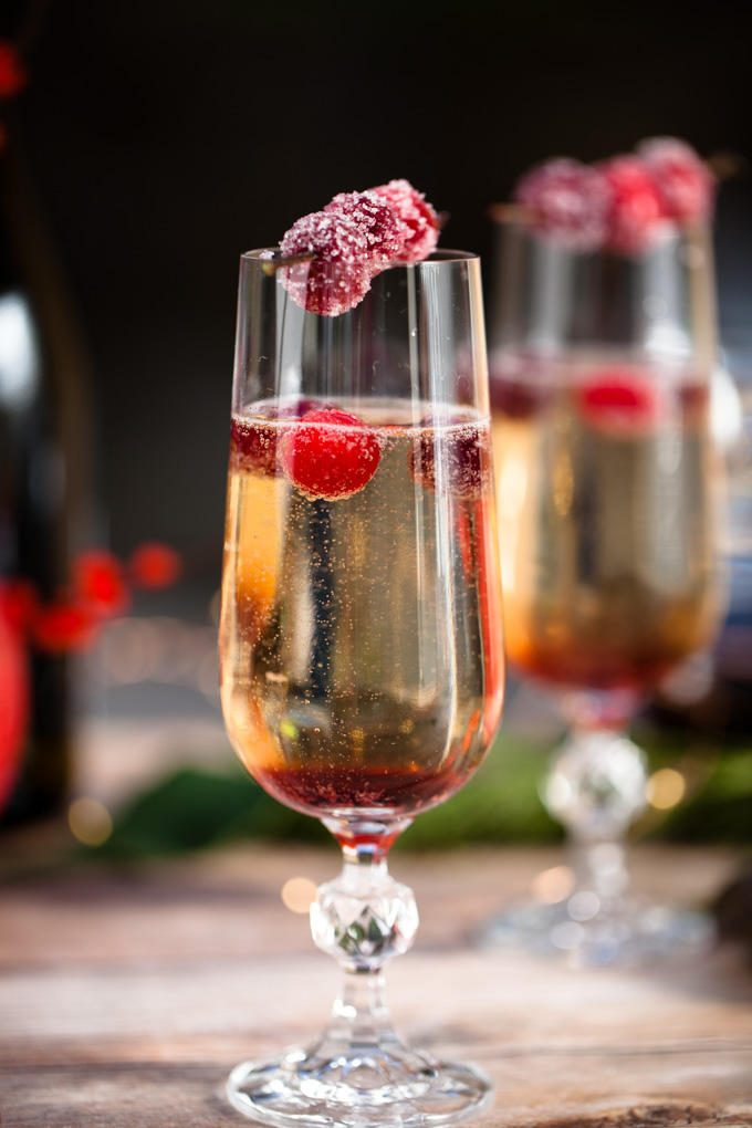 The ULTIMATE Holiday Party Cocktail | Candied Cranberry Pomegranate Prosecco Spritzers | Easy to make, delicious to drink | Champagne Cocktail Recipe