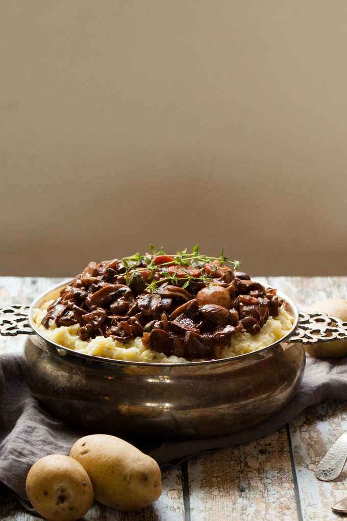 DELICIOUS + HEARTY Vegan Mushroom Walnut Bourguignon on a bed of fluffy Cauliflower Mash | Quick easy + Gluten-free | Perfect for winter nights and holiday meals