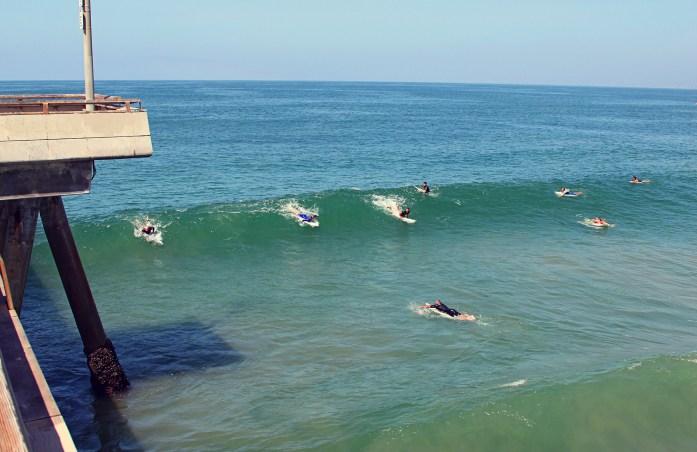 venice_surfers_3