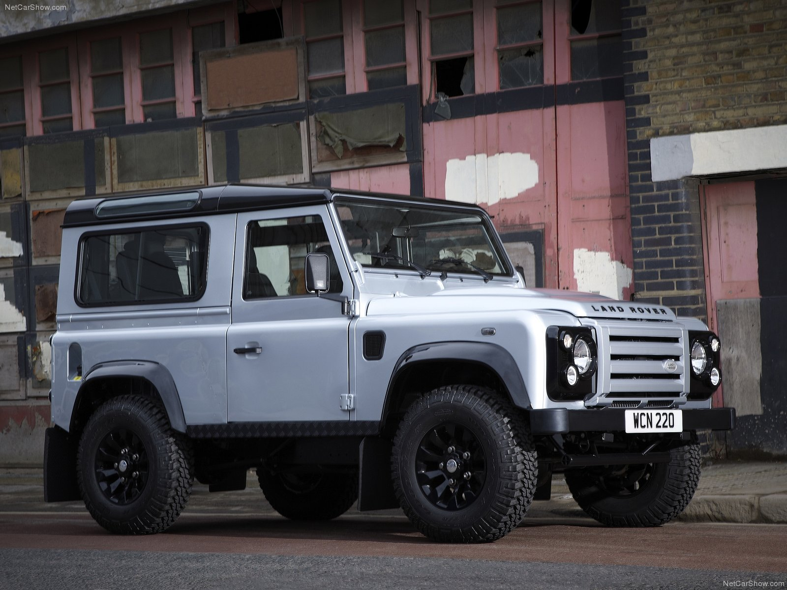 Land Rover Defender X Tech photos Gallery with 15 pics